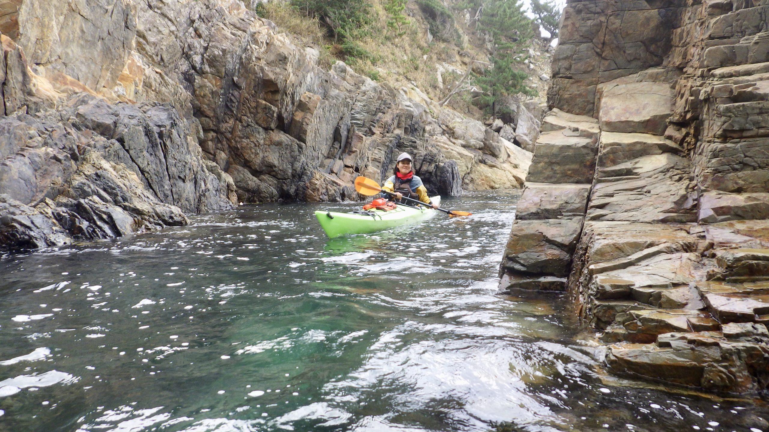 プライベートツーリング|岩場で漕ぎ漕ぎ